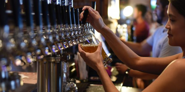 adult-alcohol-alcoholic-beverage-1267360